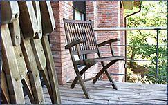 Renueva los muebles de teca de tu jardín